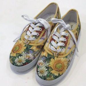 Bradford Exchange sneakers
